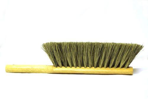 Grey Tampico Brush